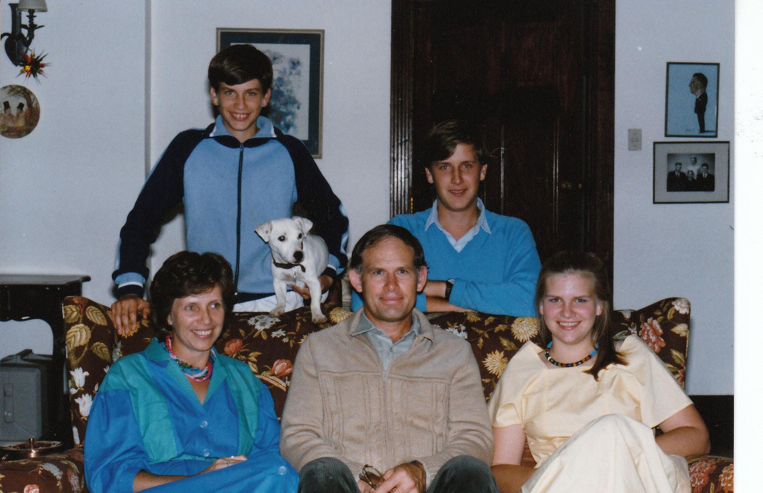 Relatives552 -